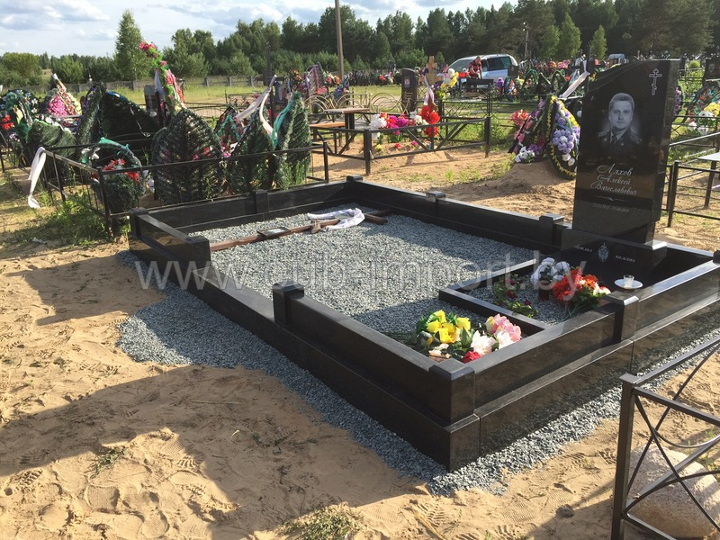 Памятники в гомеле цена где купить памятника на кладбище руками