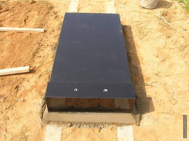Установка надгробия